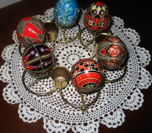 6 beautiful eggs by Wendy