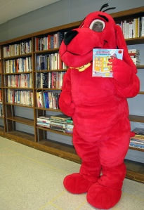 Clifford live in costume