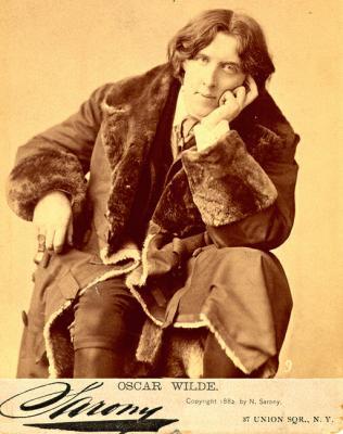 Oscar_Wilde_(1854-1900)_in_New_York,_1882._Picture_by_Napoleon_Sarony_(1821-1896)_5